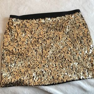 Medium Gold Sequin mini skirt